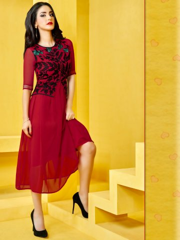 https://static.cilory.com/170455-thickbox_default/valentine-series-red-embroidered-kurti.jpg
