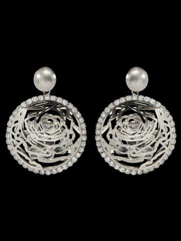 https://static9.cilory.com/192484-thickbox_default/beautiful-women-western-earrings.jpg