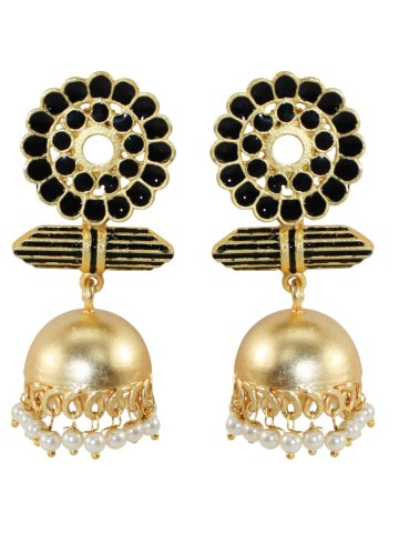 https://static3.cilory.com/371023-thickbox_default/kaira-matte-finish-metallic-earrings.jpg