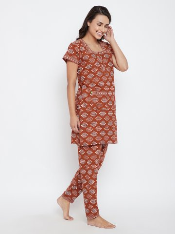 https://static5.cilory.com/388122-thickbox_default/brown-printed-cotton-pj-set.jpg