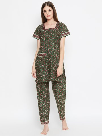 https://d38jde2cfwaolo.cloudfront.net/405979-thickbox_default/green-cotton-printed-pj-set.jpg