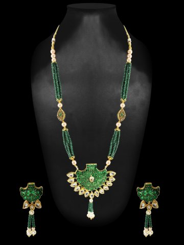 https://static9.cilory.com/408507-thickbox_default/green-kundan-necklace-set.jpg