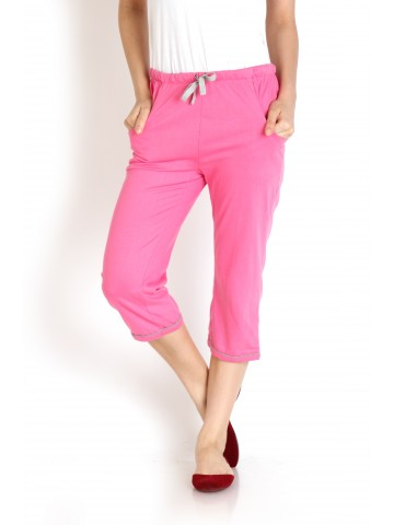 https://static2.cilory.com/62818-thickbox_default/dream-berry-blossom-pink-women-capri.jpg